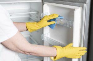 hűtő takarítás